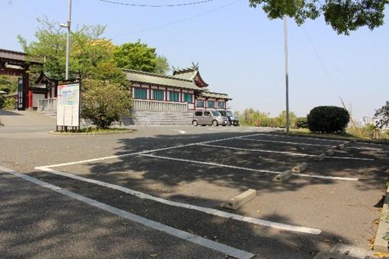 篠崎八幡宮駐車場の画像